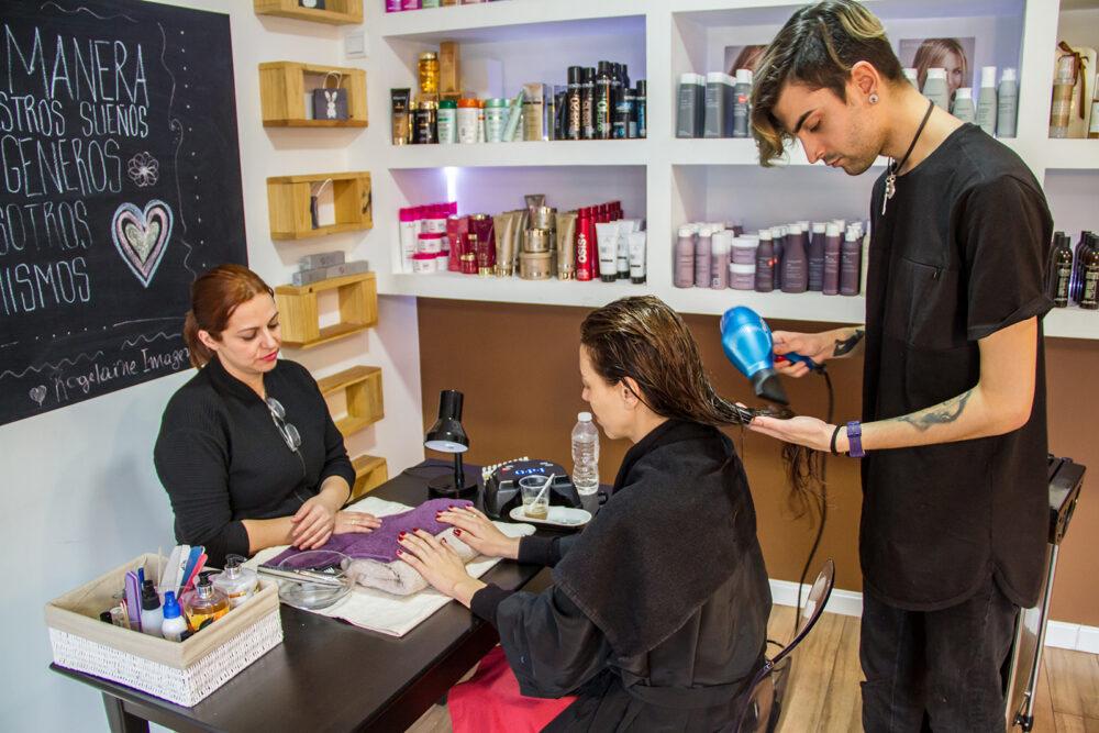 Luz Juanes peinado y manicura en rogelaine imagen madrid